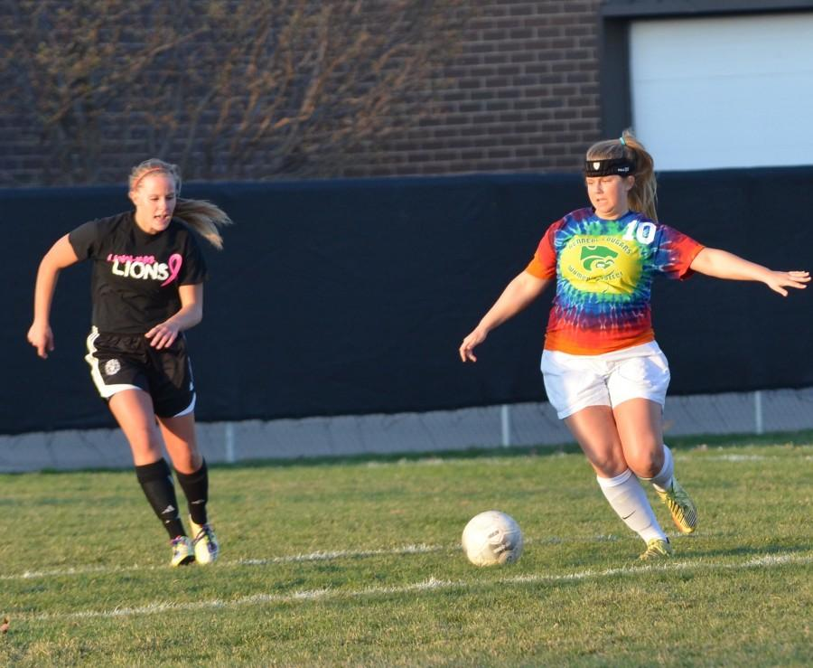 Girl's Soccer vs. Linn-Mar Photos