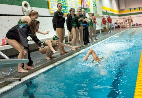 Women's swim team takes a look at upcoming season