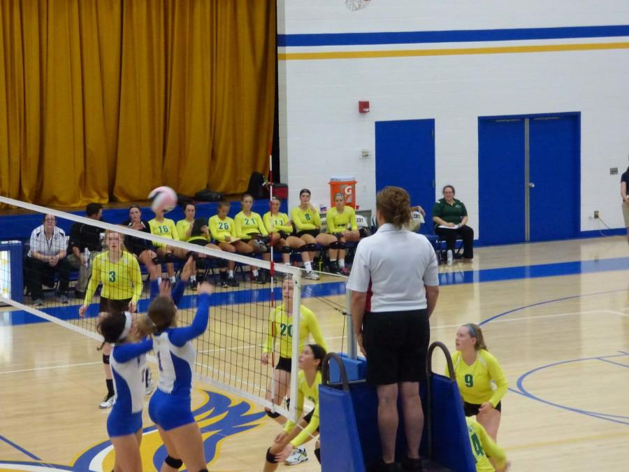 Kennedy+volleyball+defeats+Wahlert+in+three+straight