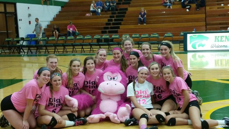 Dig+Pink+night+ends+in+another+three+straight+victory+for+volleyball