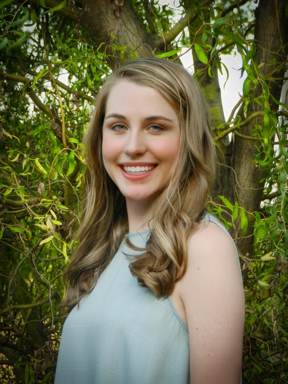 Senior Hannah Ratzer