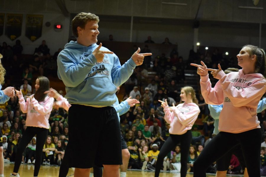 Seniors Lucas Petsche and Katie Kolthoff dance it out during Co-Ed.