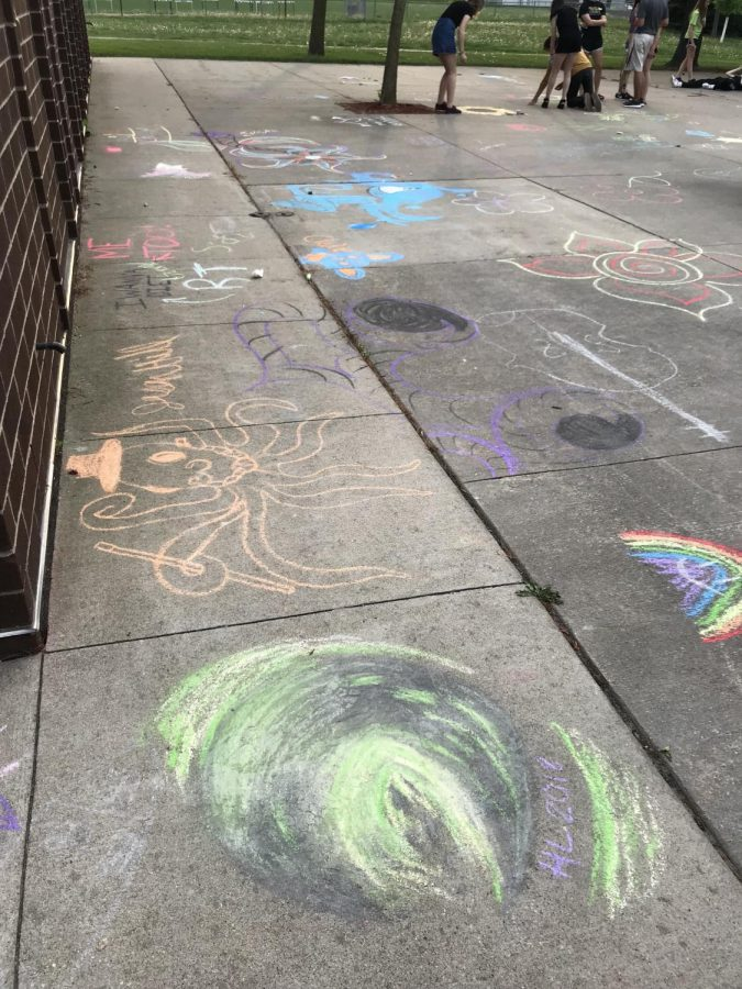 outside+chalk