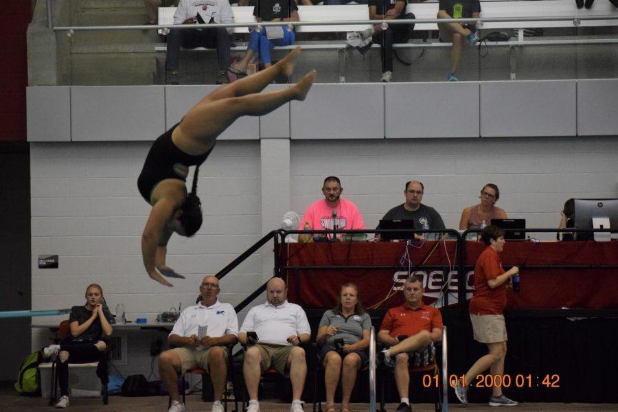 Senior Bibiana Granadillo, diving.