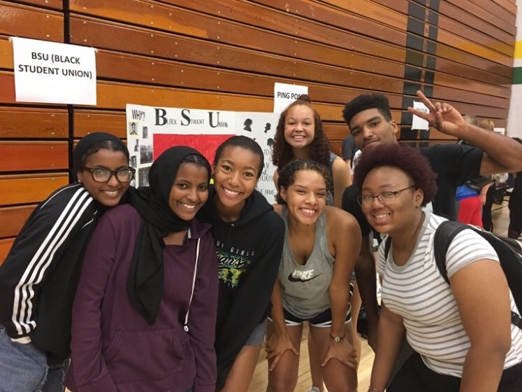 The+BSU+recruiting+new+members+at+the+club+fair.%0ALeft+to+right%3A%0ARahma+Elsheikh%2C+Raafa+Elsheikh%2C+Victoria+Lea%2C+Kaylah+Ajram-Wright%2C+Sophia+Malcom%2C+Divion+Ocheltree+%2C+Angel+Lesure%0A%0A%0A