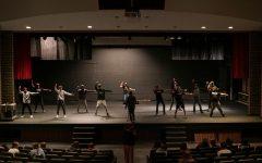 Show Choir Back Under the Spotlight