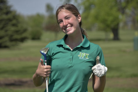 Girls Golf Hosts Divisional at Twin Pines
