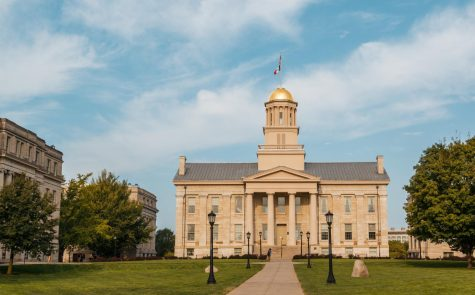 The University of Iowa is included in Iowa Citys mask mandate.